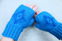 Anna's snowflake fingerless driving mittens, by PurlsAndPixels