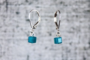 Aqua pixel earrings, computer video game inspired jewelry by PurlsAndPixels