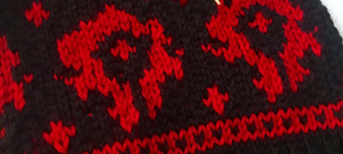 World of Warcraft Horde Symbol Hat, Free Knitting Chart