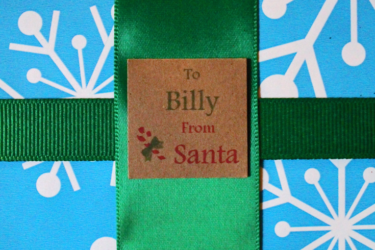"""Free printable """"from Santa"""" gift tags from PurlsAndPixels"""