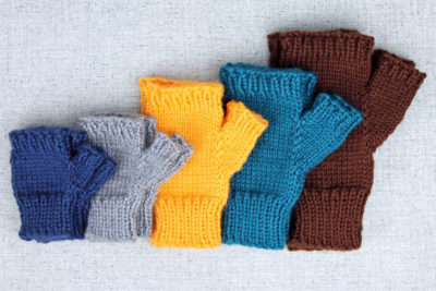 Basic hand knit fingerless gloves knittting pattern for all sizes from PurlsAndPixels