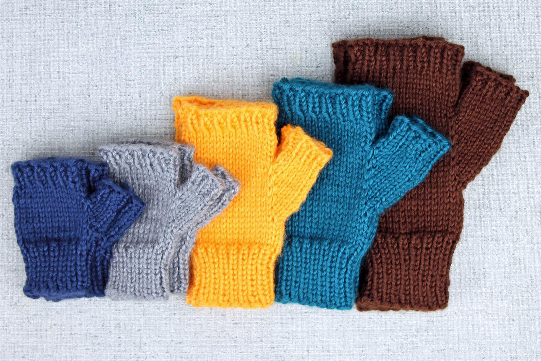 Knitting Fingerless Gloves : Simple fingerless glove knitting pattern purlsandpixels