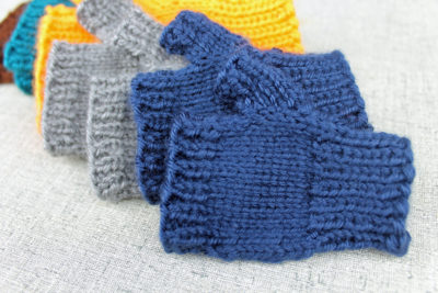 Simple fingerless gloves for everyone from PurlsAndPixels