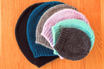 Easy basic knit hat in all sizes, knitting pattern by Liz Chandler @PurlsAndPixels