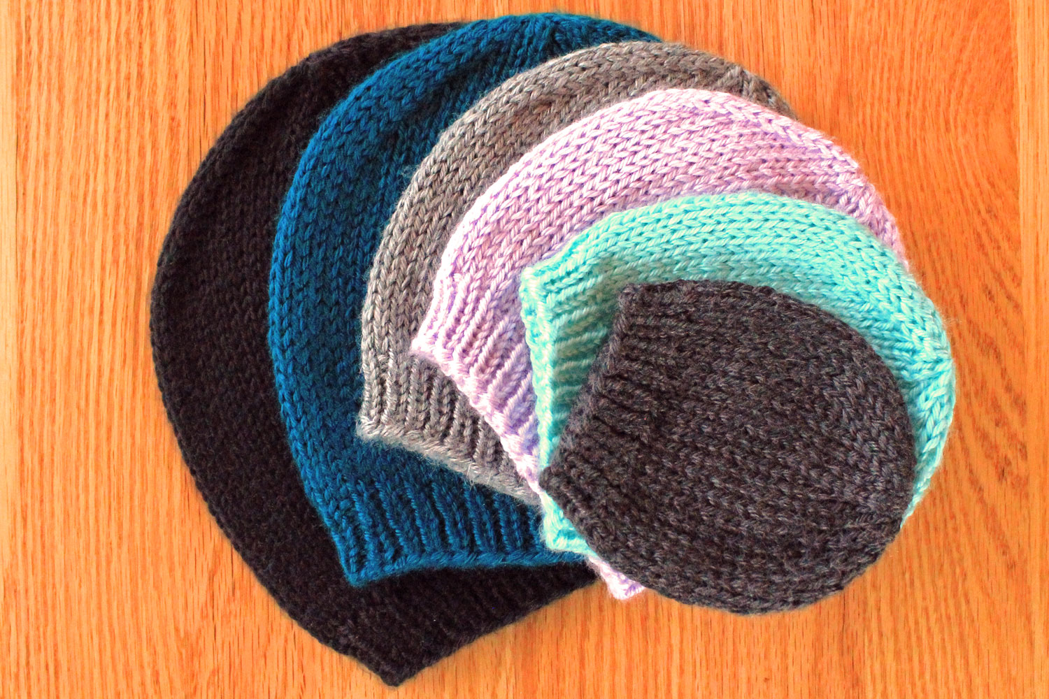 Simple beanie hat knitting pattern purlsandpixels easy basic knit hat in all sizes knitting pattern by liz chandler purlsandpixels bankloansurffo Choice Image