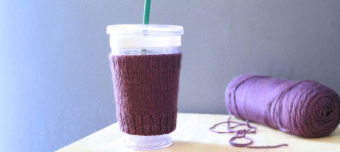 Simple Coffee Cozy, Free Knitting Pattern for Beginners