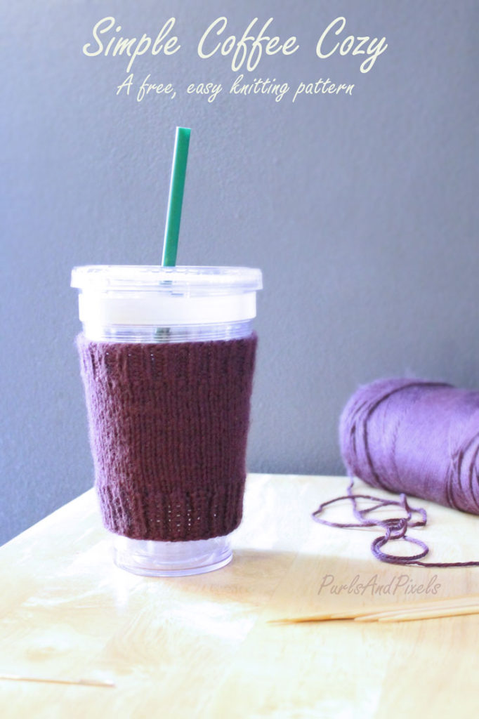 Simple Coffee Cozy, Free Easy Knitting Pattern, A design by Liz @PurlsAndPixels