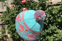 Pink flamingo pom-pom hat knitting pattern for child and adult sizes from Liz @PurlsAndPixels